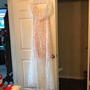 Dresses & Skirts - Off the shoulder Maxi Dress
